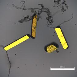Golden-Metallic-Luster-Of-Single-Crystals
