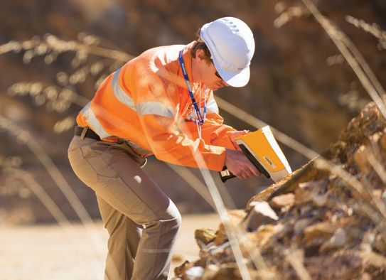 Portable XRF for Gold (Au) and Au Pathfinders for Mineral Exploration and Ore Body Vectoring